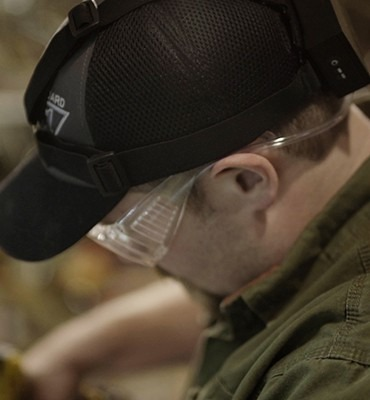 Man wearing Exfog system over hat